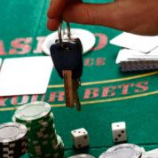 How to help a gambling-addicted friend to get out of it?